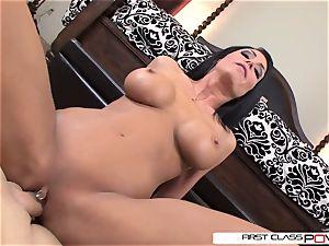 FirstClassPOV- Jessica takes advantage of the toyboy