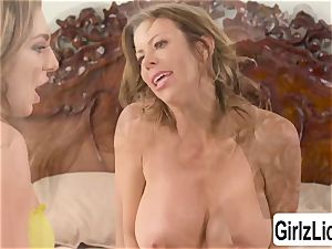 Tiffany Watson and huge-chested Alexis Fawx milks their twats and sploogs