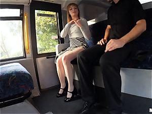 Lola Gatsby has her unshaved puss cummed