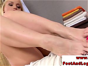Kathia Nobili loves taunting with her soles