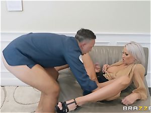 Emma Starr taking it rock-hard from Keiran Lee