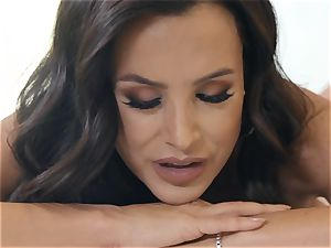 super-naughty mummy Lisa Ann gets donk kneaded by thick pipe