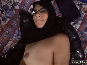 Muslim naughty guy Desperate Arab lady humps For Money