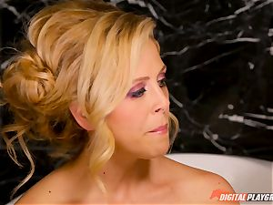 pleasuring the domina minge slot - Cherie Deville, Jojo kiss and Aria Alexander