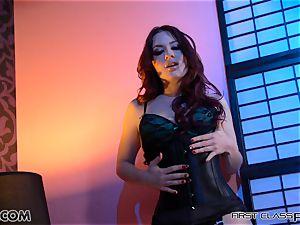 FirstClassPOV - Jessica Ryan deep throats and munches a hefty spunk-pump