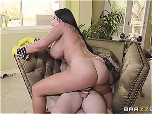 bootylicious mom Sybil Stallone takes son-in-law for a rail