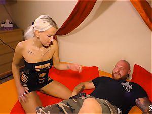 SEXTAPE GERMANY - Alternative German platinum-blonde plumbed deep