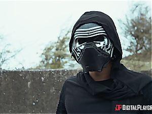 The last Jedi pummels the dark side