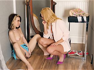 Aaliyah enjoy and Alina West molten changing room nailing