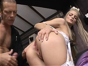 Cayenne Klein and her friend torn up by Rocco Siffredi