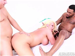 vag plunged Alura Jenson by gigantic black man sausage and white fellow