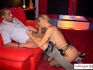 Natalia Starr unwrap down, gargle and plow a gigantic dick