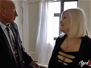 AgedLovE Mature woman Lacey Starr blowing rigid manmeat