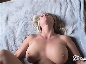 Devon Lee luvs the monster muscle boinking her muff real superb
