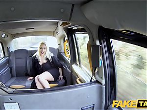 fake cab light-haired milf Victoria Summers penetrated in a taxi
