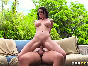 busty rich chick Jessica Jaymes exploits her enslaved and takes his giant knob